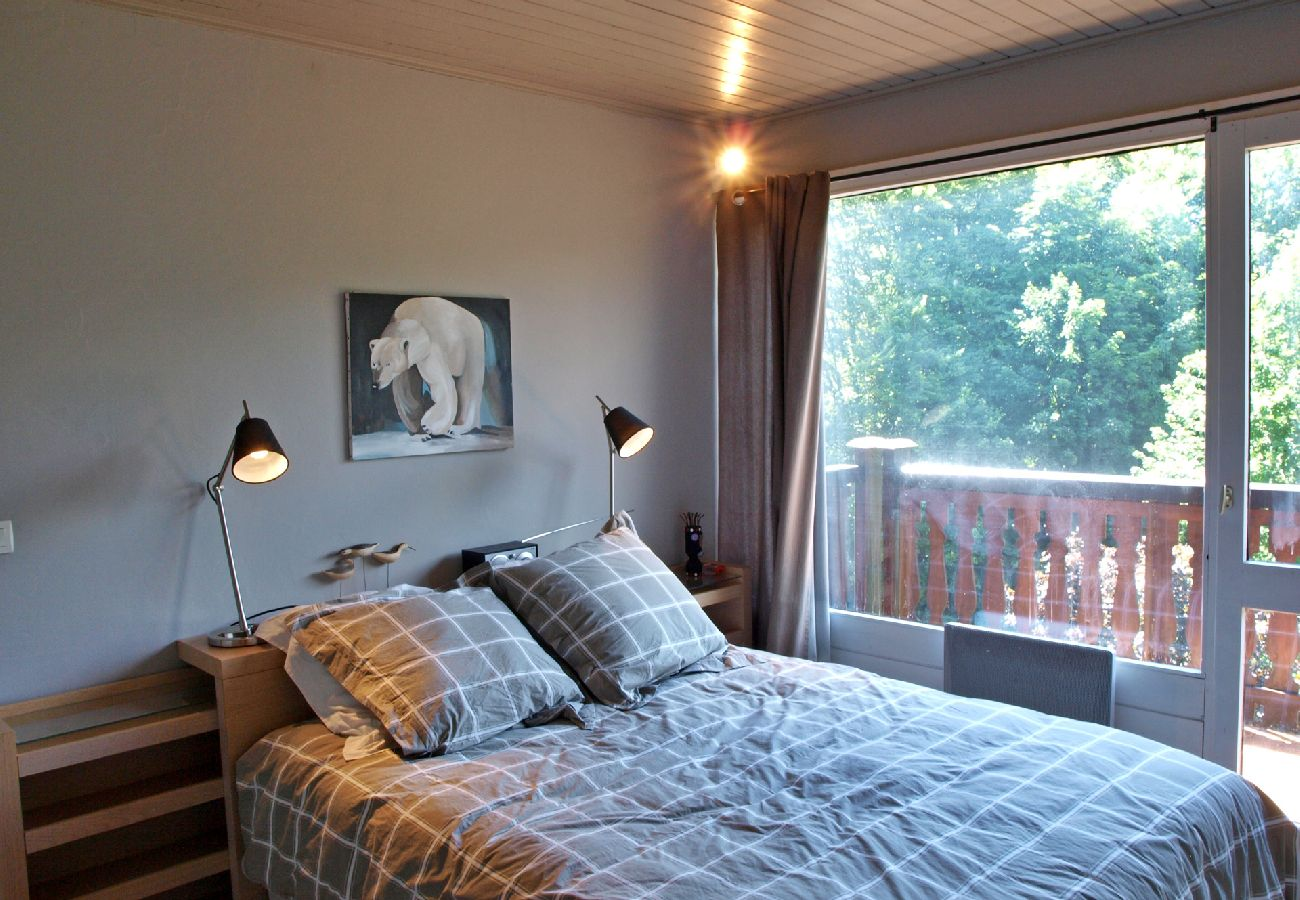 Appartement à Les Carroz d'Arâches -  Carroz d'Arâches centre, location appartement de vacances pour 8 personnes - MAZ404