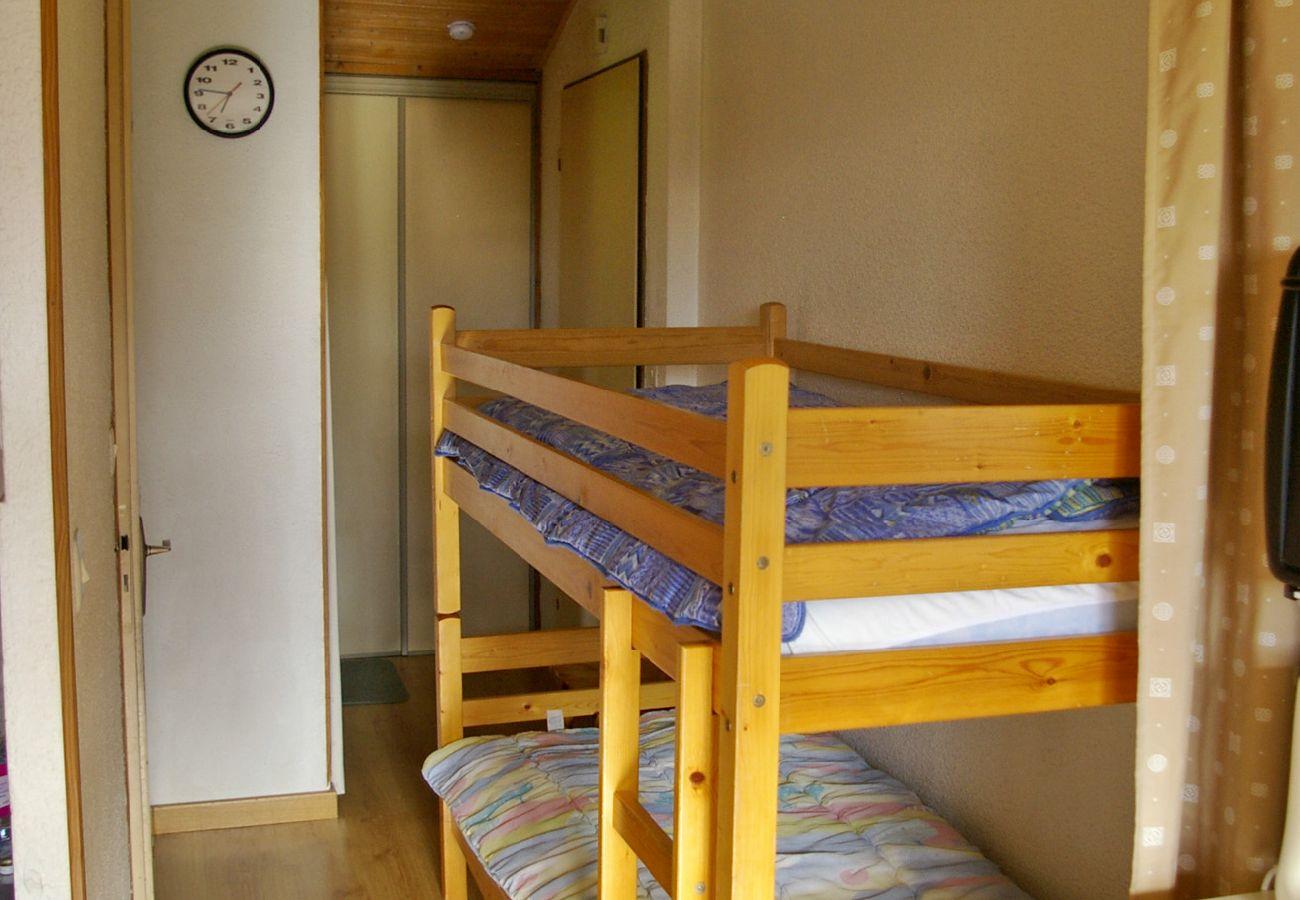 Appartement à Arâches-la-Frasse - Location appartement de vacances 6 personnes aux Carroz d'Arâches, Grand Massif, proche navette - GAL021