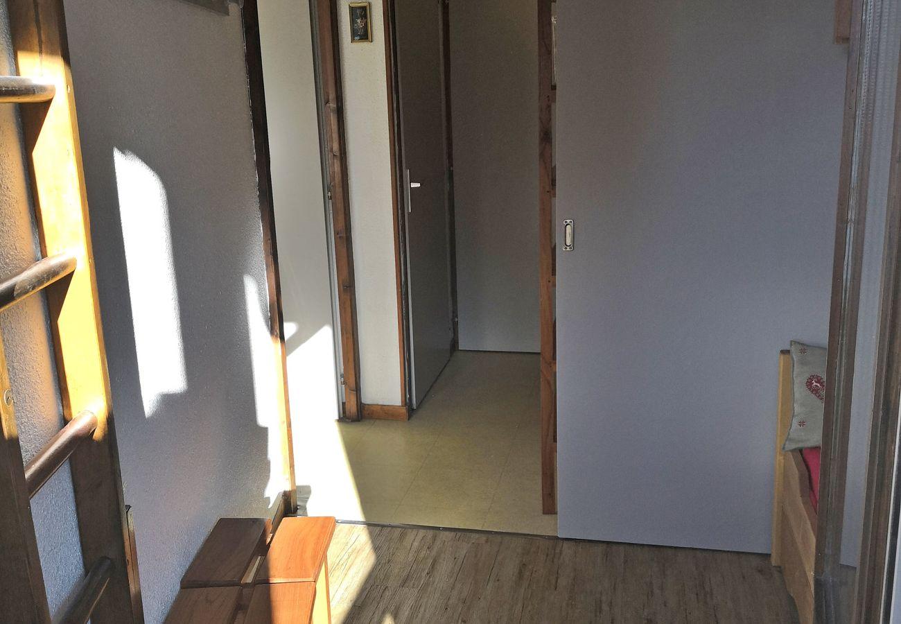 Appartement à Les Carroz d'Arâches - Carroz d'Arâches, centre, location appartement pour 4 personnes - CIN583