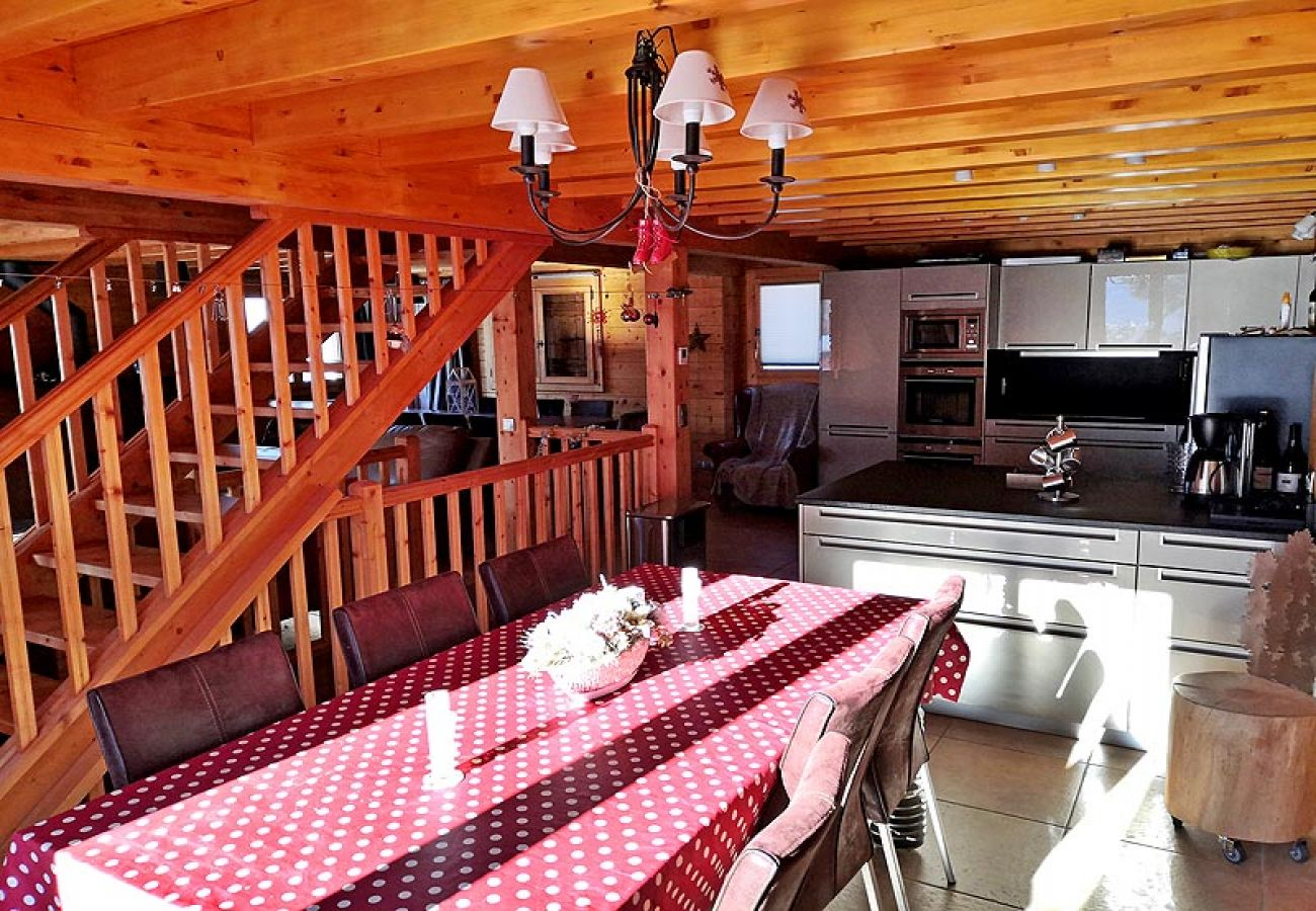 Chalet à Les Carroz d'Arâches - Les Carroz d'Arâches, domaine du Grand Massif en Haute Savoie, grand chalet individuel pour 12 personnes - 2451